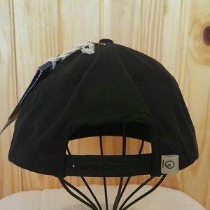 new styles 691a0 1201b tentree Accessories - NWT TenTree Freeman Cork Front Flat Brim Hat